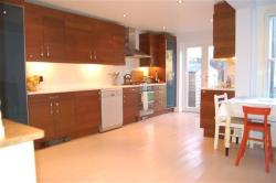 Terraced House To Let   Greater London SW18