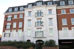 Flat To Let   Surrey KT19