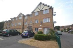 Flat To Let   Surrey CR4