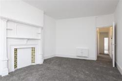 Flat To Let   Surrey KT2
