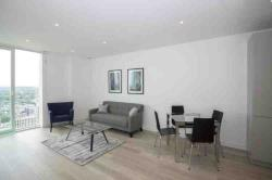 Flat To Let   Surrey CR0