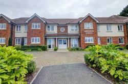 Flat For Sale  Princes Risborough Buckinghamshire HP27