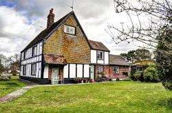Semi Detached House For Sale  Princes Risborough Buckinghamshire HP27
