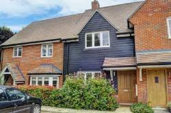 Terraced House For Sale  Aylesbury Buckinghamshire HP17