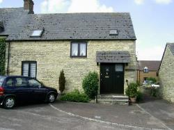 Semi Detached House To Let  Enstone Oxfordshire OX7
