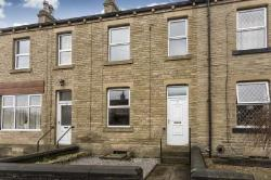 Semi Detached House To Let  Mirfield West Yorkshire WF14