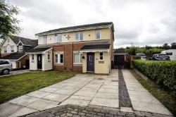 Semi Detached House To Let  Wakefield West Yorkshire WF3