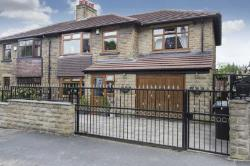 Semi Detached House For Sale  Leeds West Yorkshire LS27