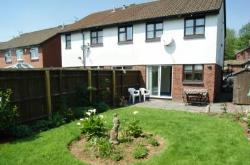 Semi Detached House To Let  Cardiff Glamorgan CF14