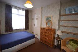 Room To Let  Enfield Middlesex EN1