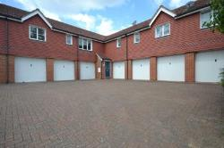 Maisonette To Let  Broxbourne Hertfordshire EN10