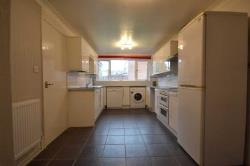 Terraced House To Let  Broxbourne Hertfordshire EN10