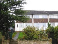 Semi Detached House To Let  Leeds West Yorkshire LS8