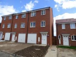 Semi Detached House To Let  Rugby **ROOM RENTAL** Warwickshire CV21