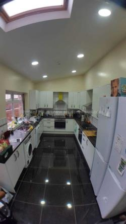 Terraced House To Let  Manchester Greater Manchester M13