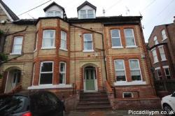 Flat To Let  Manchester Greater Manchester M20