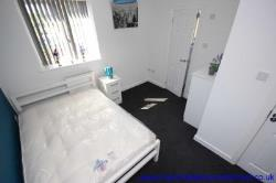 Room To Let  Manchester Greater Manchester M28