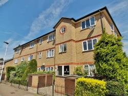 Flat To Let  London Greater London E6