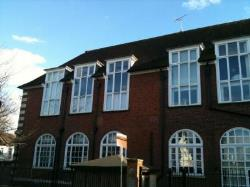 Flat To Let  Sweyne Avenue, Southend-On-Sea, Essex Essex SS2