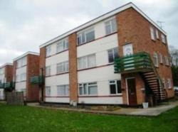 Flat To Let  Arterial Road, Leigh-On-Sea, Essex Essex SS9