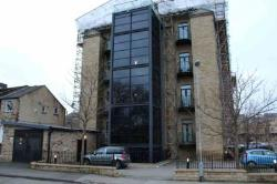 Flat To Let  Bradford West Yorkshire BD11