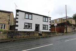 Detached House To Let  Cleckheaton West Yorkshire BD19