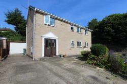 Detached House For Sale  Cleckheaton West Yorkshire BD19