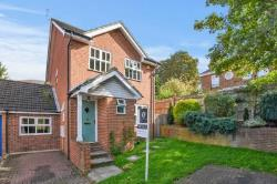 Detached House For Sale  Oxford Oxfordshire OX4