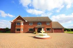Detached House For Sale  Manchester Greater Manchester M24