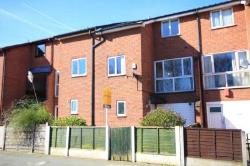 Terraced House To Let  Manchester Greater Manchester M25