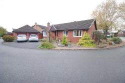 Detached Bungalow To Let  Preston Lancashire PR4