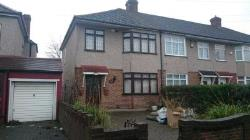 Semi Detached House To Let  Rainham Essex RM13