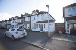 Semi Detached House To Let  Romford Essex RM6