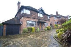 Detached House To Let  Chigwell Essex IG7