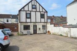 Detached House To Let  Coventry West Midlands CV1