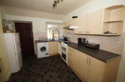 Flat To Let  Bolton Greater Manchester BL6
