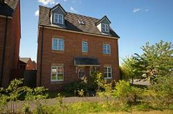Detached House To Let  Chorley Lancashire PR7
