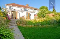 Semi Detached House For Sale  London Greater London N14