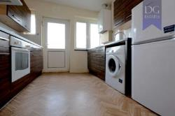 Maisonette For Sale  London Greater London N11
