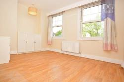 Semi Detached House To Let  London Greater London N14
