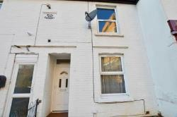 Terraced House To Let  Milton Keynes Buckinghamshire MK2