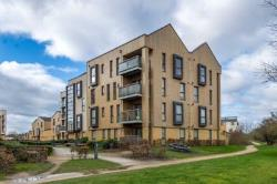 Flat For Sale  Dunstable Bedfordshire LU5