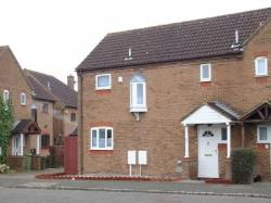 Semi Detached House To Let  Milton Keynes Buckinghamshire MK5
