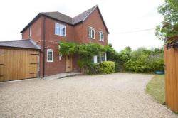 Detached House To Let  Reading Berkshire RG7