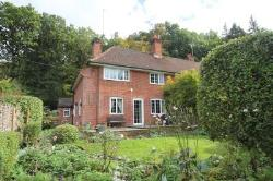 Semi Detached House For Sale  Thatcham Berkshire RG18