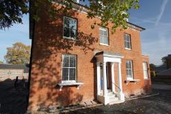 Flat To Let  Henley On Thames Oxfordshire RG9