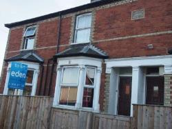 Terraced House To Let  High Wycombe Buckinghamshire HP12