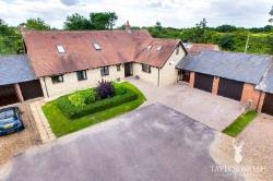 Detached House For Sale  Olney Buckinghamshire MK46