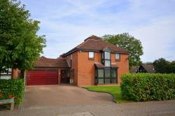 Detached House For Sale  Milton Keynes Buckinghamshire MK5