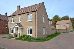 Detached House For Sale  Milton Keynes Northamptonshire MK19